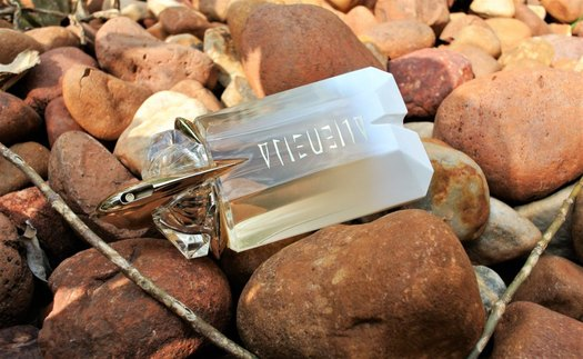Summer Fragrances - Mugler Alien Eau Sublime