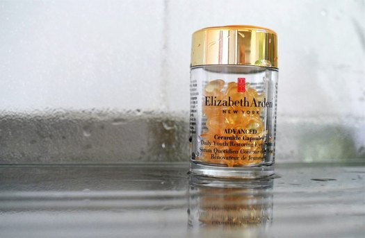 Eye Products - Elizabeth Arden Advanced Ceramide Capsules Daily Youth Restoring Eye Serum